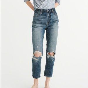 Abercrombie Annie High Rise Girlfriend Jeans 27